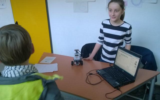 TofT_2014_12_Roboter_programmieren