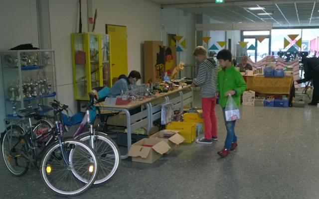 Familienflohmarkt_25-04-2015_01