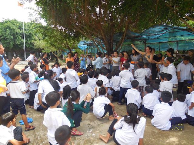Am Freitag organisieren wir eine Olympiade für die Kinder in der Jugendeinrichtung in Long Hai in der Nähe von Vung Tau.